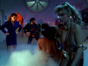 tnt24.info_Flesh_Gordon_Meets_The_Cosmic_Cheerleaders_1989_ENG_uncut.mid_3933__28882